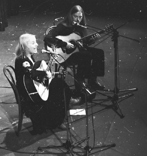 Performing with Pia Raug, 1979