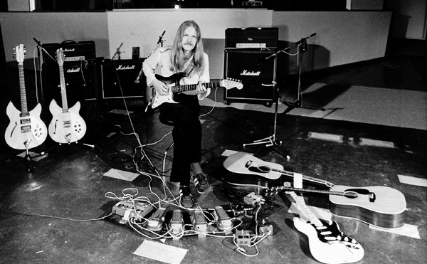 Recording at Easy Sound Studios, 1981
