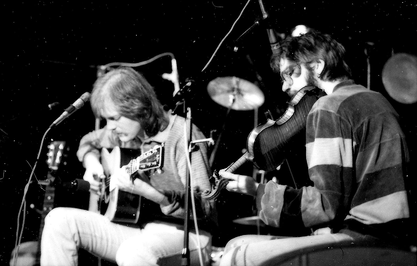Performing with Lars Lilholt, 1984