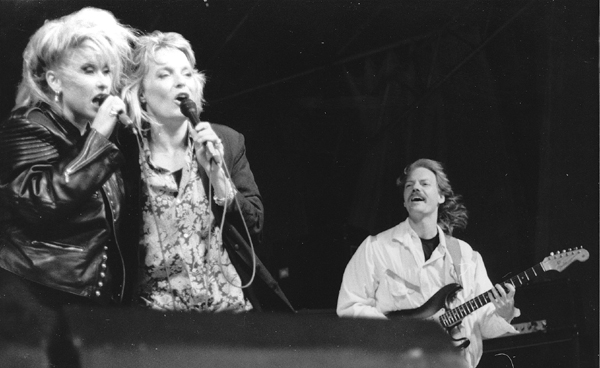 Live with Sanne Salomonsen and Anne Linnet, 1988